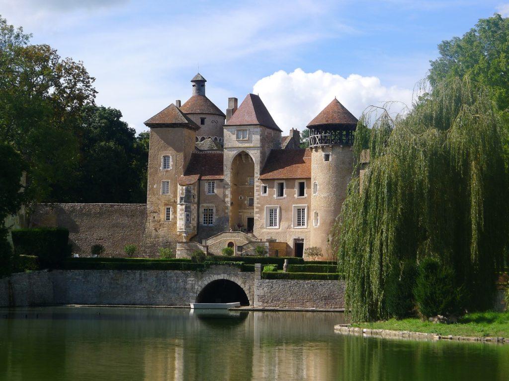 Principais Regiões Vinícolas da França - Wasserburg, Borgogne