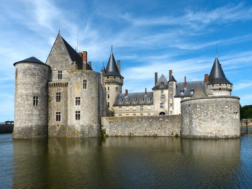 Principais Regiões Vinícolas da França - Sully-sur-Loire