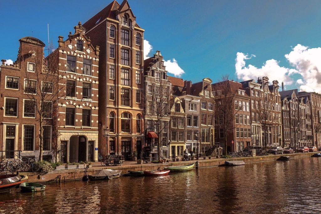 Roteiro Amsterdam - Imagem de millionairemob