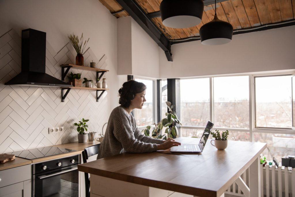 É possível viver com um salário mínimo na Espanha?