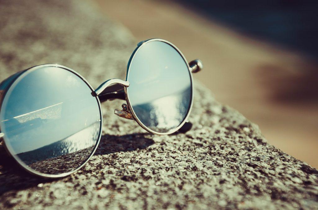 Os óculos escuros são sempre indispensáveis em Portugal.