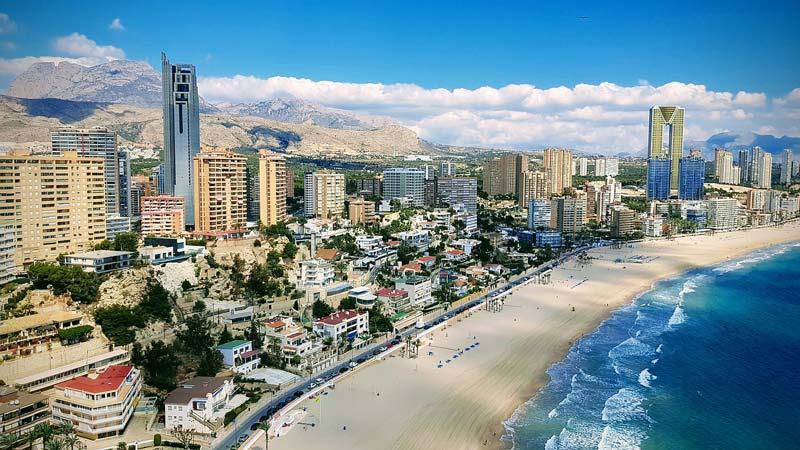Praia em Alicante na Espanha